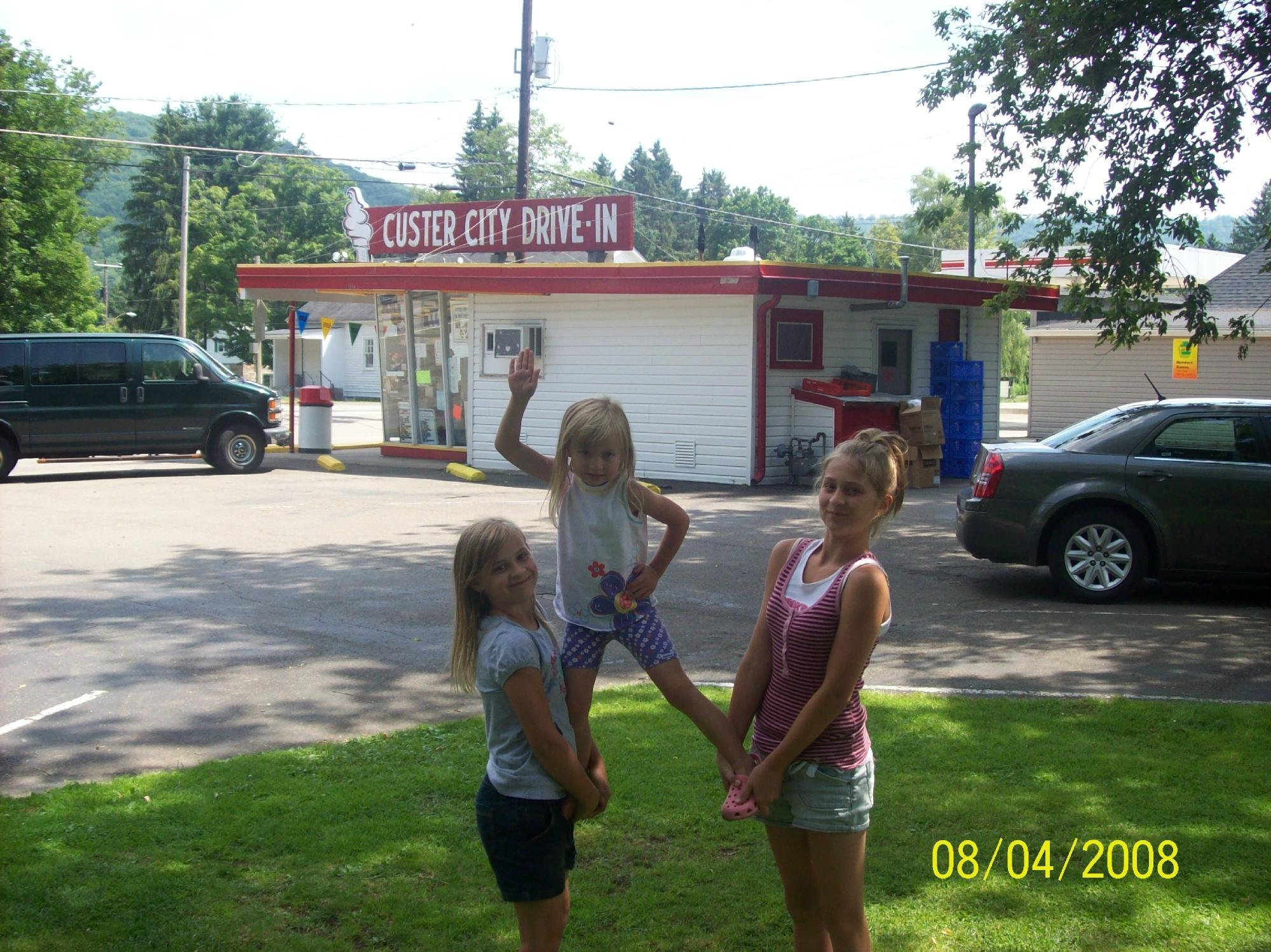 Custer City Drive-In